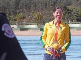 Raquel Viel nadadora vinhedense
